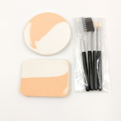 My Beauty Tools mini makeup sponge and brush set (beige)