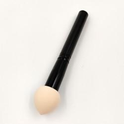 Rose Cosmetics makeup sponge with handle (beige)