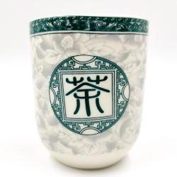 Virágos porcelán teáscsésze