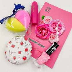 Fiatalos és nőies ajándékcsomag