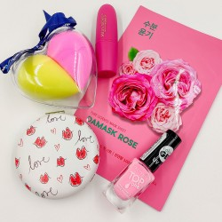Fiatalos és nőies Valentin napi ajándékcsomag