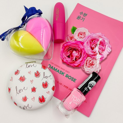 Youthful and feminine gift pack